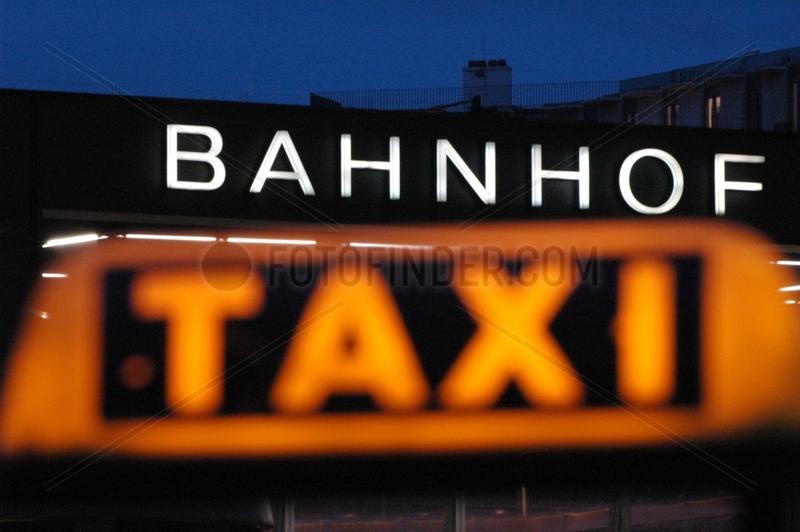 Taxi am Bahnhof