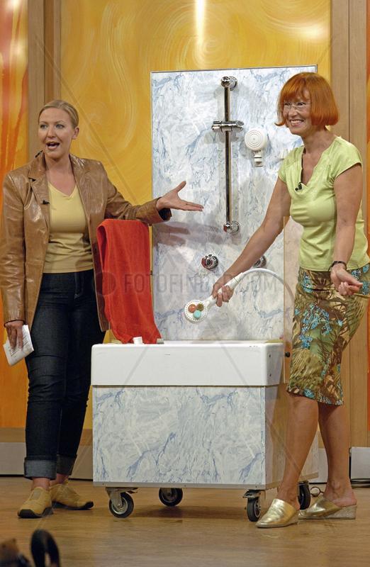 Home Shopping Europe,  Teleshopping,  2001