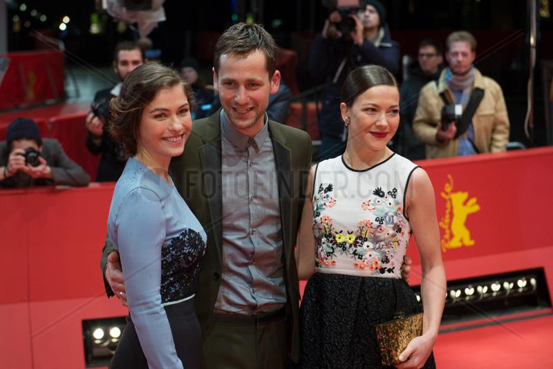 Berlin,  Deutschland,  Henriette Confurius,  Florian Stetter und Hannah Herzsprung auf der 64. Berlinale