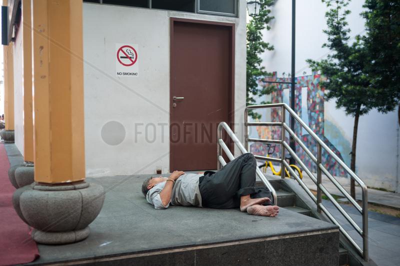 Republik Singapur,  Nickerchen in Chinatown