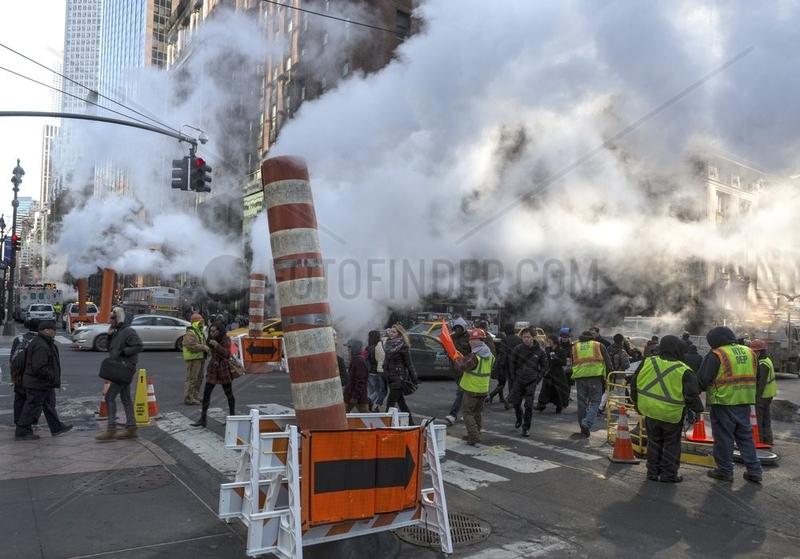 Dampf in den Strassen von New York