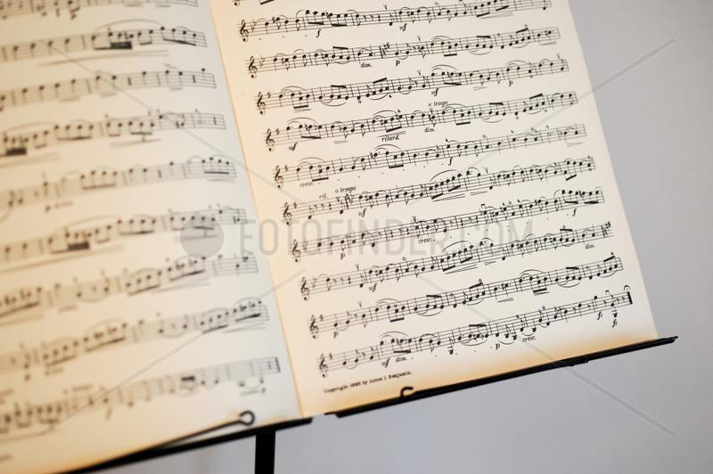 Berlin,  Deutschland,  Noten fuer Violine von Giovanni Battista Pergolesi