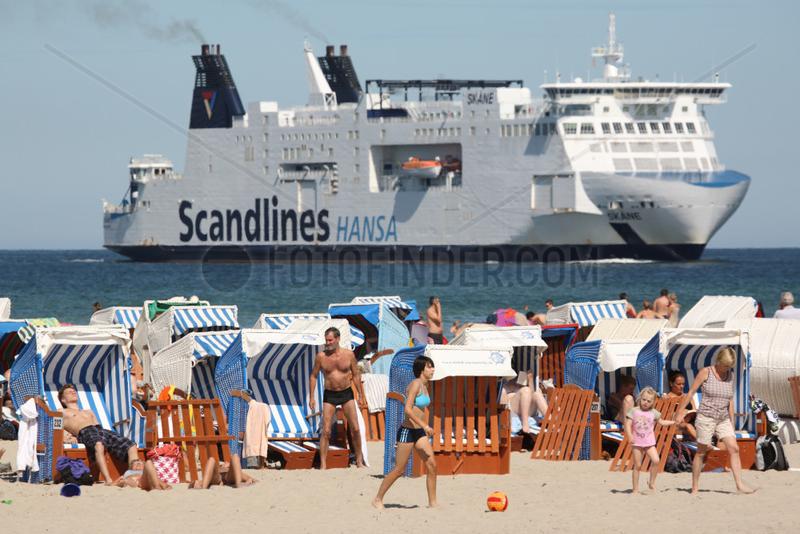 Rostock-Warnemuende,  Deutschland,  eine Faehre von Scandlines