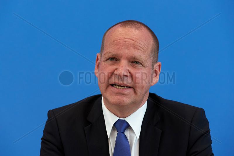 Berlin,  Deutschland,  Bernhard Kempen,  Direktor des Instituts fuer Voelkerrecht und auslaendisches oeffentliches Recht an der Universitaet Koeln