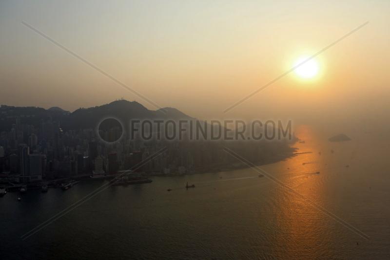 Hong Kong,  China,  Sonnenuntergang ueber Hong Kong Island
