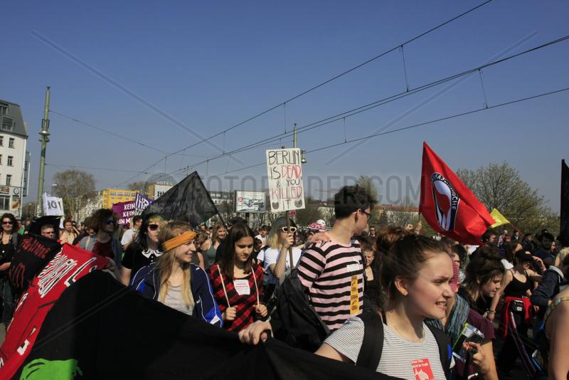 Demonstration gegen Mietenwahnsinn in Berlin