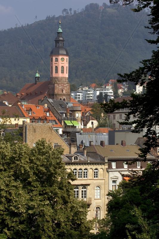 Baden-Baden,  Blick auf die Altstadt mit Stiftskirche
