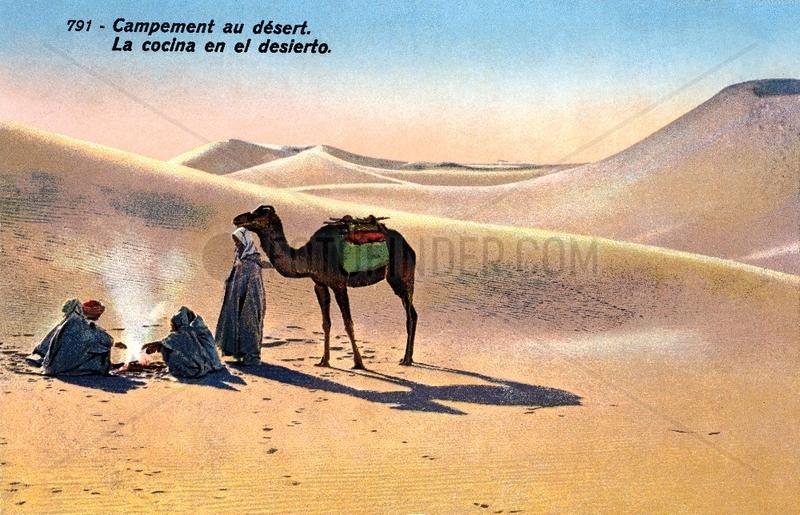 Beduinen in der Sahara,  um 1920