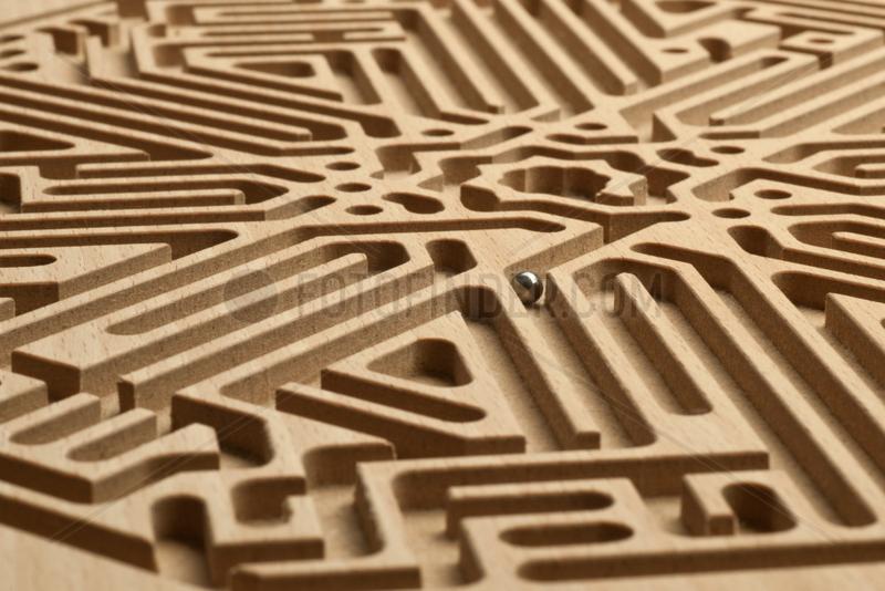 Hamburg,  Deutschland,  eine Kugel im Labyrinth