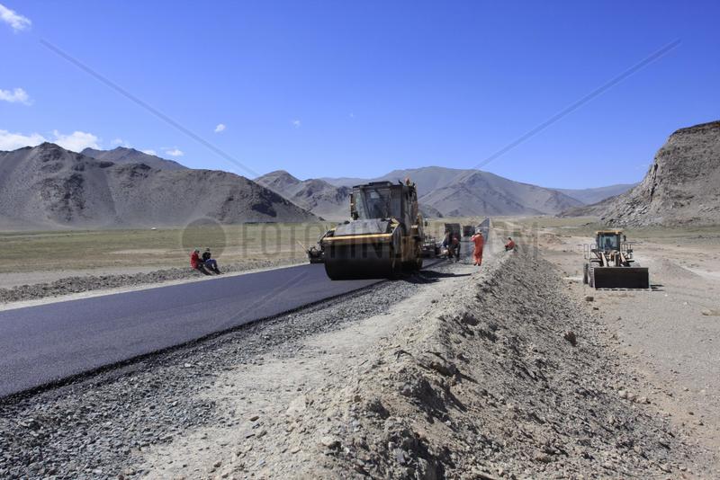 Strassenbau in der Westliche Mongolei