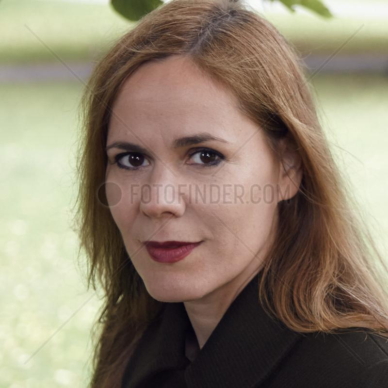SCHWITTER,  Monique - Portrait of the writer