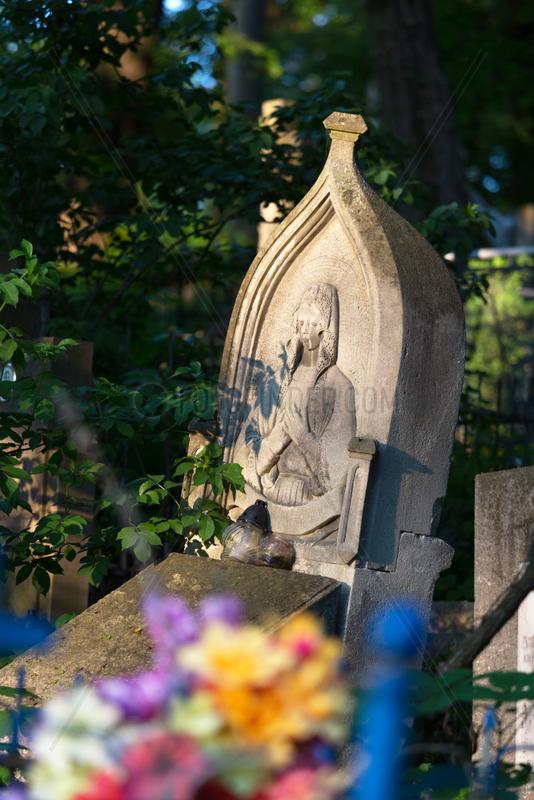 Lemberg,  Ukraine,  polnisches Grab auf dem Lytschakiwski-Friedhof