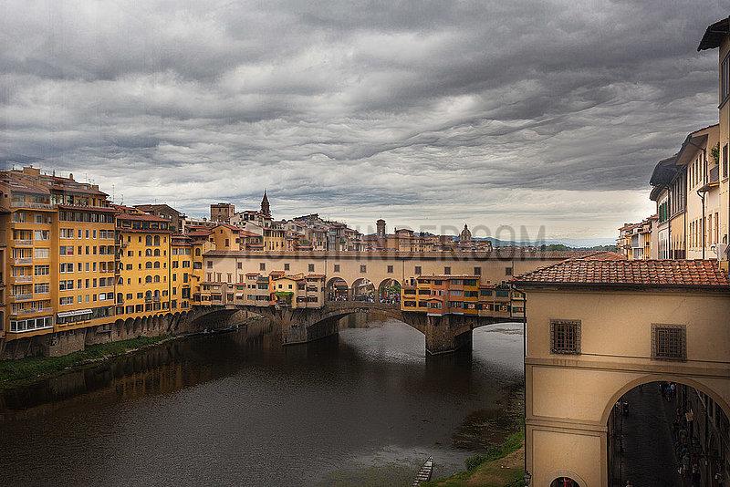 Ponte Vecchio - Florence - River Arno