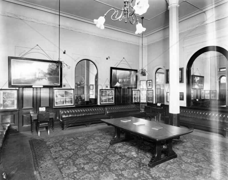 First Class Waiting Room at Paddington stat