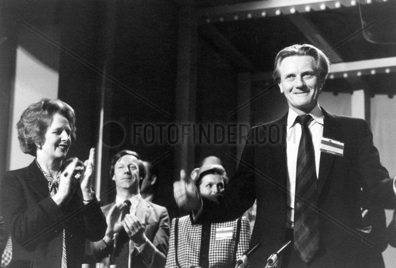 Margaret Thatcher applauding Michael Heseltine
