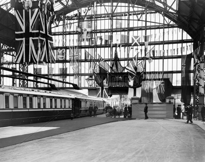 Talbot Station,  Blackpool,  July 1913. The s