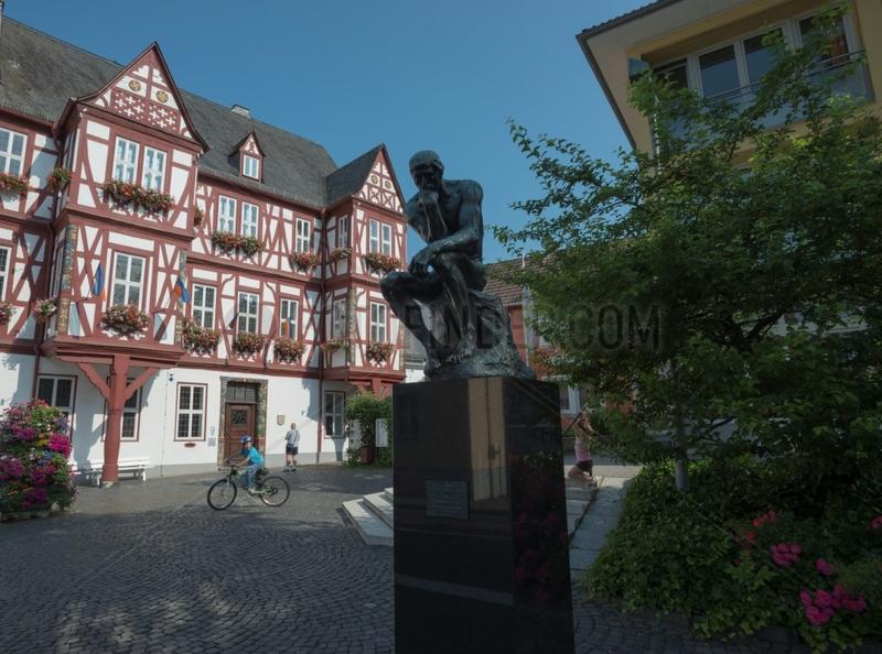 Der Denker,  Rathausplatz