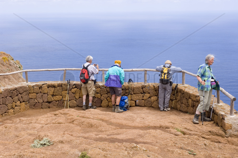 Vega de las Mercedes,  Spanien,  Wanderer im Anaga-Gebirge