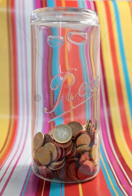 Euros im Bonbonglas