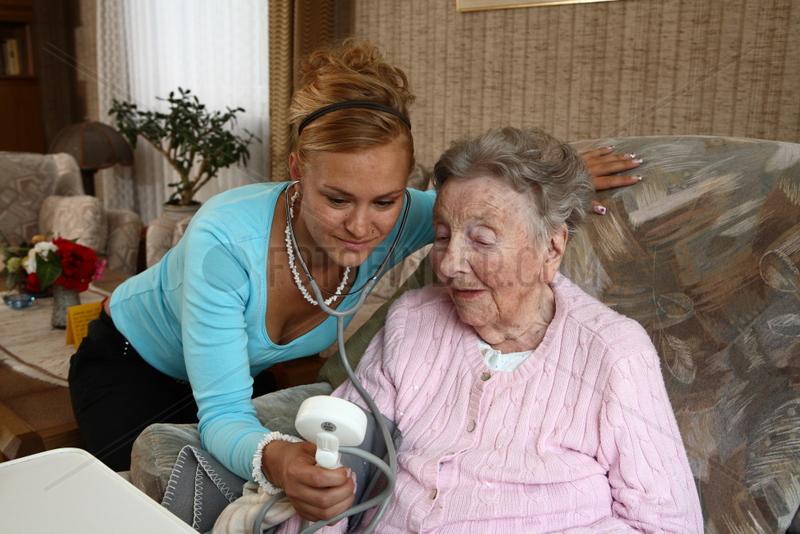 Private Haeusliche Altenpflege und Leben im Alter