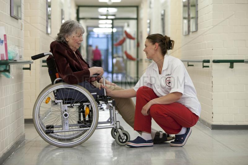 Altenpflege im Seniorenzentrum