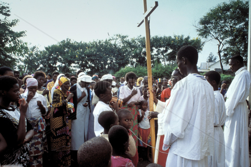Congo,  Boma. People visiting a catholic mass in the open air.