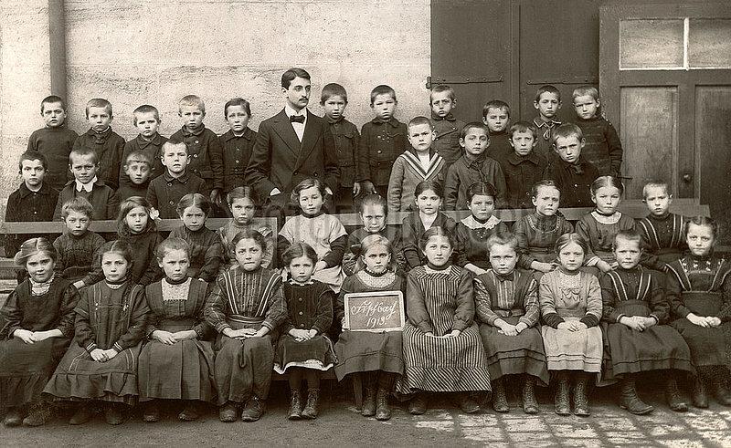 Schulklasse,  Lehrer,  Fischbach 1913
