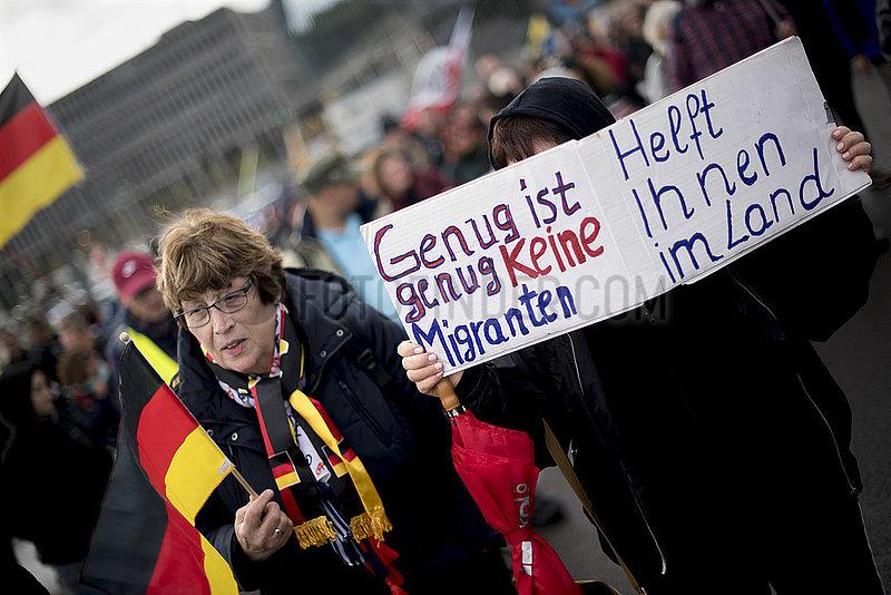 Wir fuer Deutschland - Rechte Demo