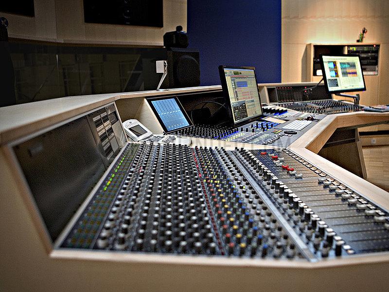 Teldex Studio Berlin 07.03.2013