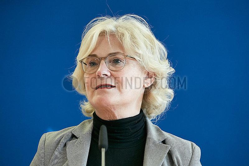 Berlin,  Deutschland - Christine Lambrecht,  Bundesjustizministerin.