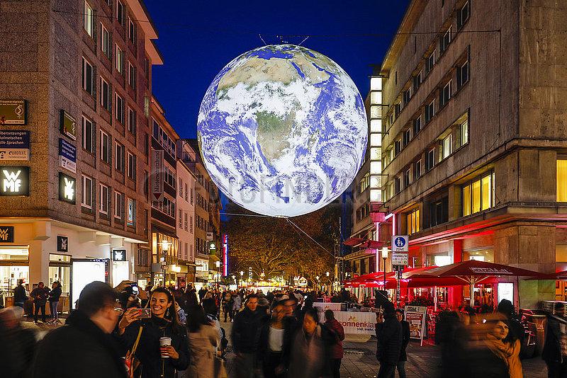 Essen Light Festival,  Weltkugel GAIA,  Essen,  Ruhrgebiet,  Nordrhein-Westfalen,  Deutschland
