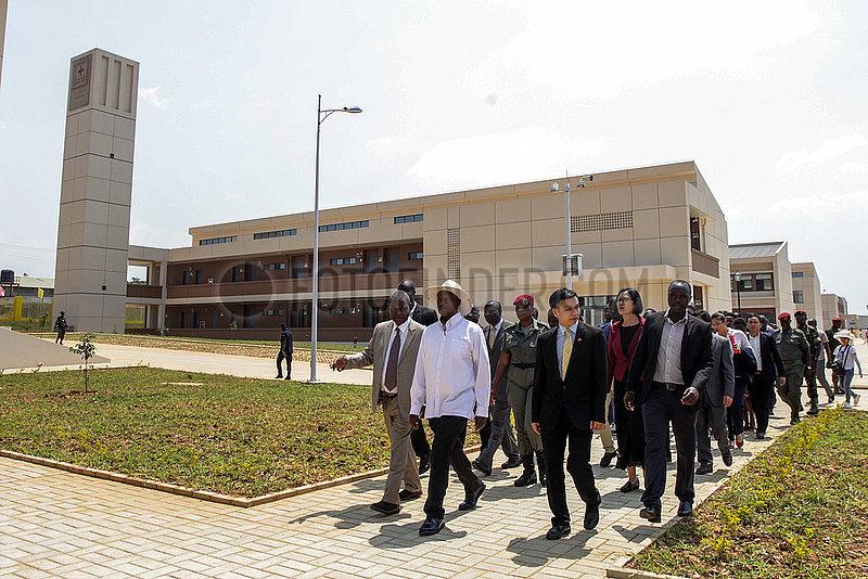 UGANDA-Mukono-CHINA-AIDED INDUSTRIAL Qualifizierung und Produktionszentrum-Übergabe-Zeremonie
