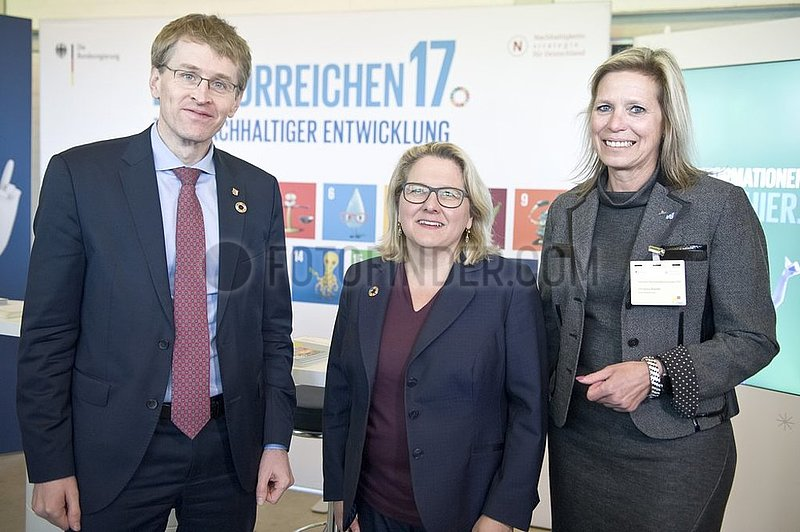 Daniel Gu¨nther,  Svenja Schulze,  Elke Christina Roeder
