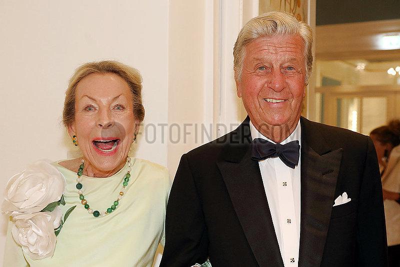 Hamburg,  Deutschland,  Albert Darboven,  Unternehmer,  mit Ehefrau Edda