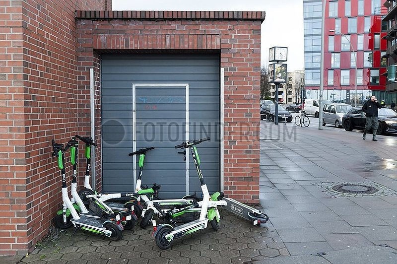 Geparkte E-Scooter
