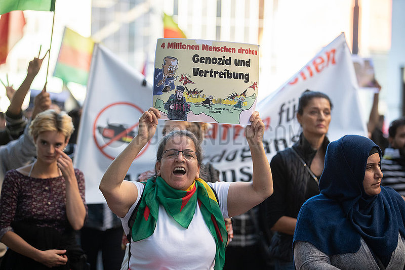 Munich: Demo against the Turkish Operation Peace Spring in Syria