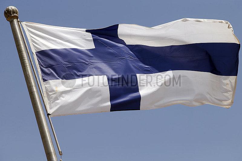 Berlin,  Deutschland,  Nationalfahne von Finnland