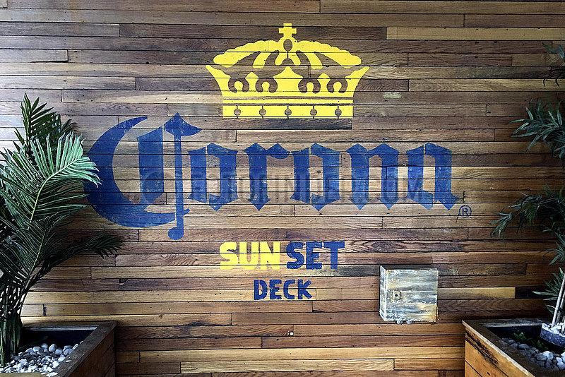 Corona Sun Set Deck