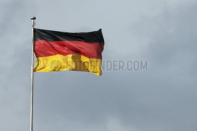 Hoppegarten,  Deutschland,  Nationalfahne der Bundesrepublik Deutschland