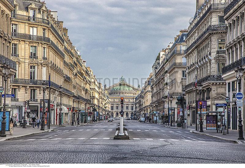 Empty Opera Avenue,  Paris,  Europe,  France,  during confinement