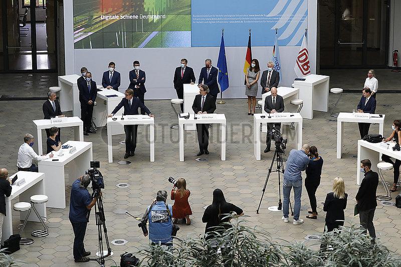 Pressekonferenz: Die Zug(k)unft der Berliner U-Bahn