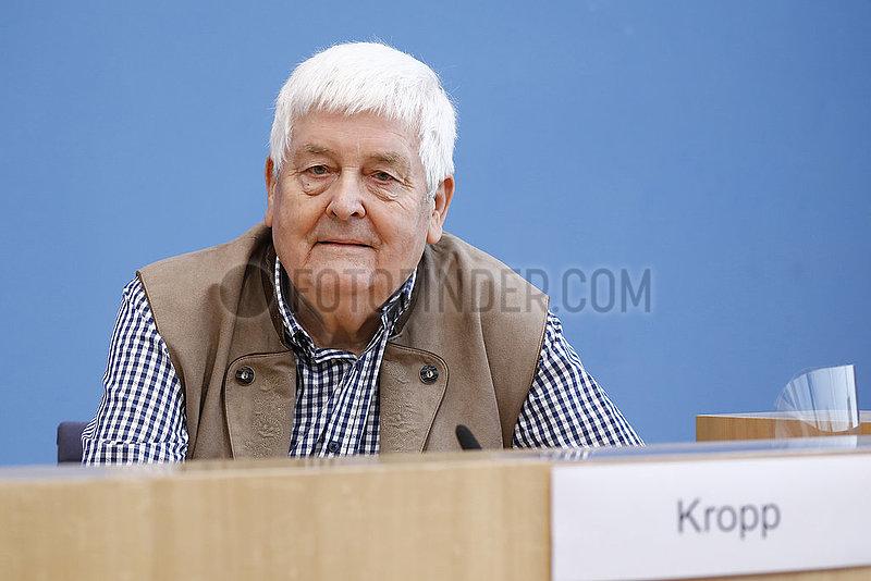 Bundespressekonferenz zum Thema: Vorstellung des Forschungsvorhabens Suchende und Gesuchte des Zweiten Weltkriegs