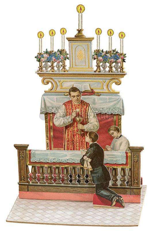 Erste Heilige Kommunion,  Erstkommunionkind mit Priester,  Klappkarte,  1903