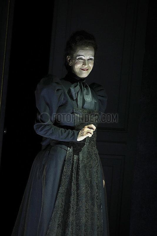 Engel,  Judith