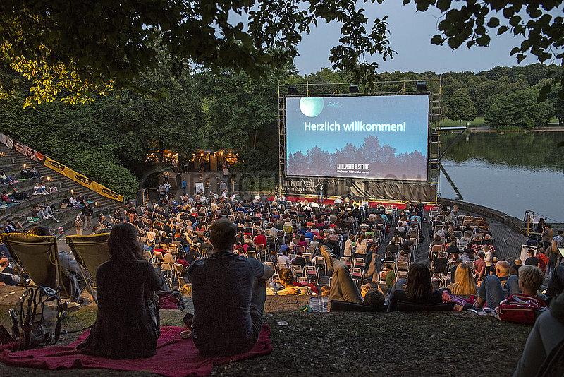Kino Open-Air im Muenchener Westpark,  21. Juli 2021