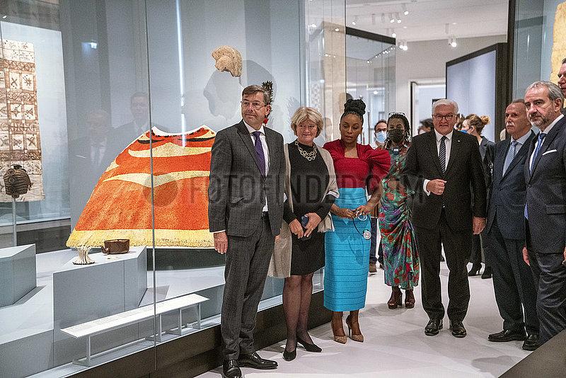 Dorgerloh + Gruetters + Ngozi Adichie + Steinmeier + Parzinger +