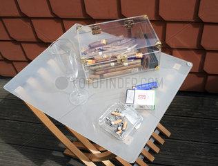 Zigarren und Zigaretten