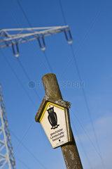 Strommasten im Naturschutzgebiet