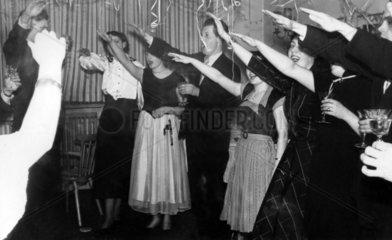 Hitlergruss bei einer privaten Silvesterfeier