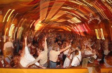 Oktoberfest Muenchen  Festzelt Hippodrom  2007